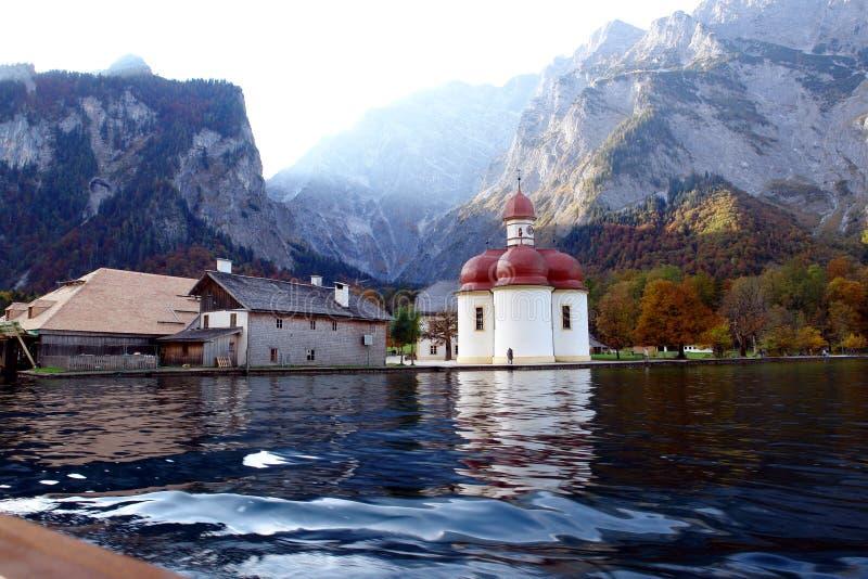 Monastério StBartoloma de Konigsee imagem de stock