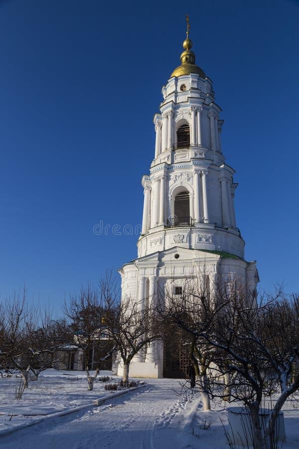 Monastério transversal santamente do Exaltation Poggioreale arruina a porta no balcão poltava ucrânia fotos de stock