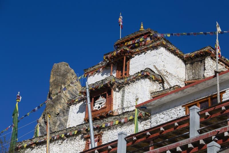 Monastério velho tibetano na montanha dos himalayas na vila de Manang Área de Annapurna, Himalaya, Nepal imagem de stock