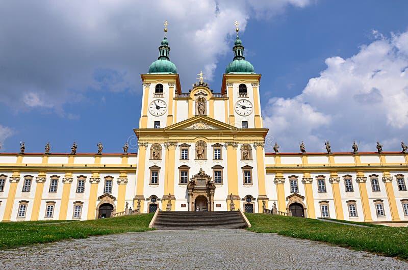 Monasterio católico, Olomouc, Moravia, República Checa, Europa imagen de archivo libre de regalías