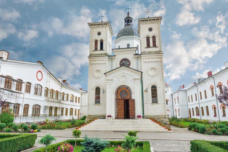 Monasterio de Bistrita de Costesti Valcea, Rumania imagenes de archivo