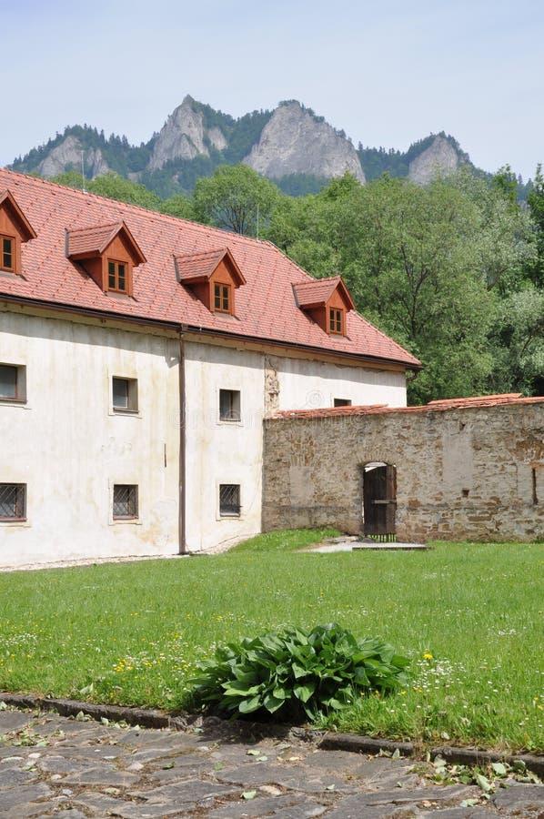 Monasterio de Cerveny Klastor en Eslovaquia foto de archivo