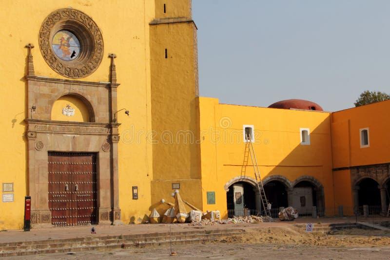 Monasterio de Gabriel Archangel del santo, Cholula, Puebla, México imagenes de archivo