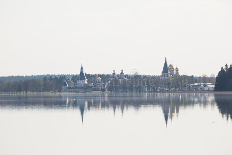 Monasterio de Iversky Valday imágenes de archivo libres de regalías