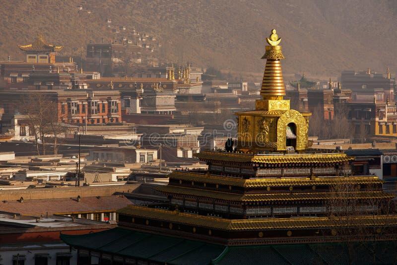 Monasterio de Labrang en el gongo Tan de China de la provincia de Gansu imagenes de archivo