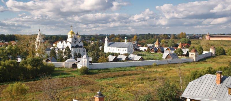 Monasterio de Pokrovsky en Suzdal, Russiia fotos de archivo
