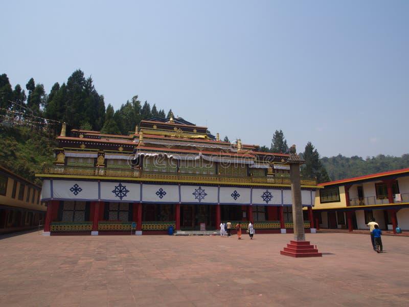Monasterio de Rumtek cerca de Gangtok Sikkim, la India, 14 de abril 2013 foto de archivo