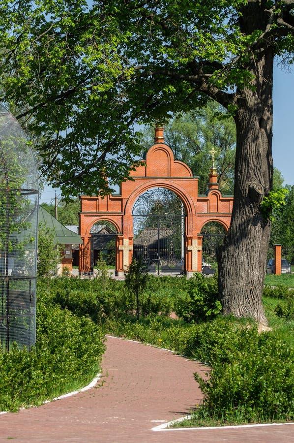 Monasterio de San Jorge en la ciudad rusa de la región de Meshchovsk Kaluga imagen de archivo libre de regalías