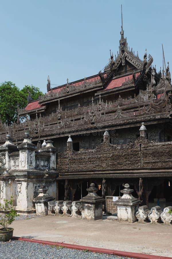 Monasterio de Shwenandaw, Mandalay, Myanmar foto de archivo libre de regalías