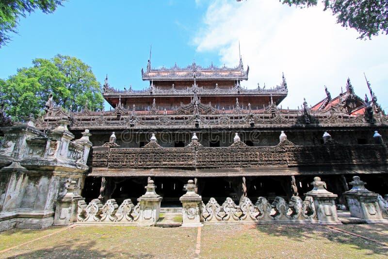 Monasterio de Shwenandaw, Mandalay, Myanmar imagenes de archivo