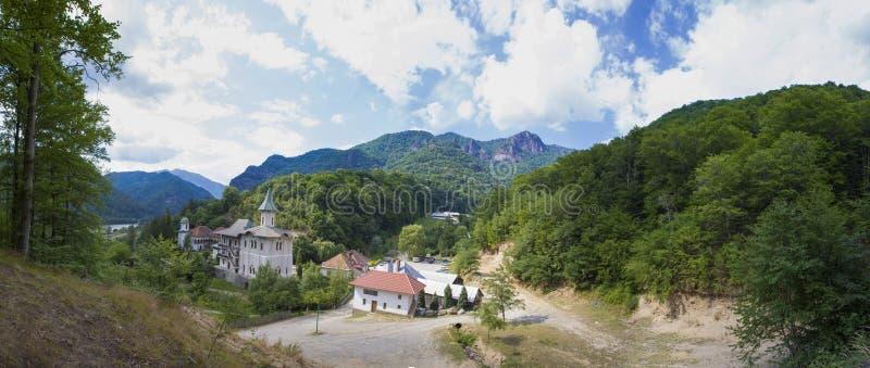 Monasterio de Turnu en la base de Cozia fotografía de archivo libre de regalías