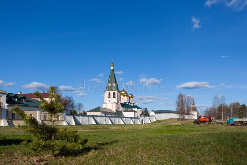 Monasterio de Valday Iversky en la primavera fotos de archivo libres de regalías