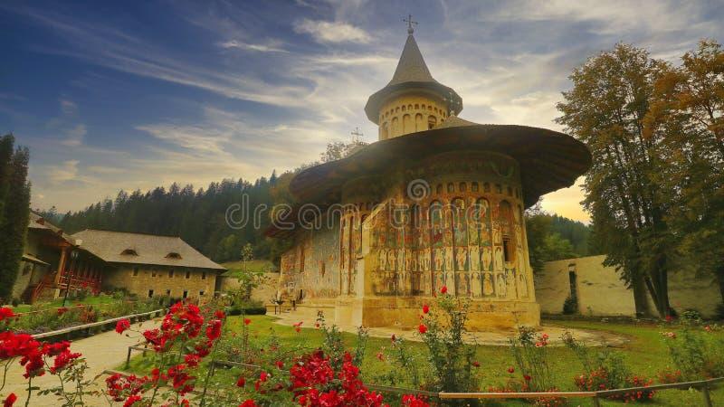 Monasterio de Voronet, región de Moldavia, Rumania, Europa fotos de archivo