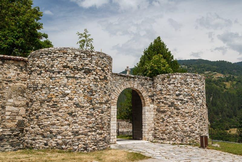Monasterio medieval fortificado de Studenica fotos de archivo libres de regalías