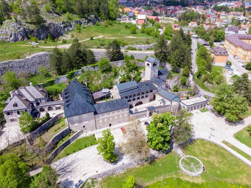 Monasterio ortodoxo de la natividad de la Virgen Mar?a bendecida en Cetinje, Montenegro foto de archivo libre de regalías