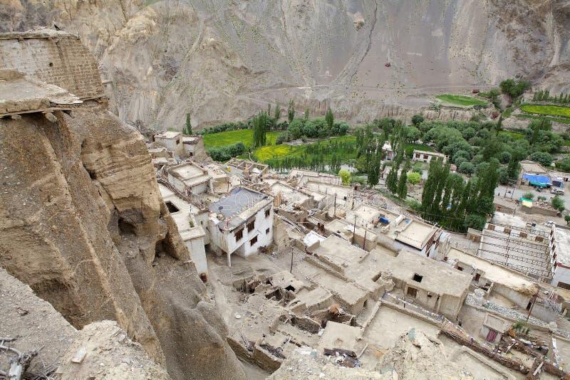 Monasterio y pueblo, Ladakh, la India de Lamayuru fotos de archivo libres de regalías