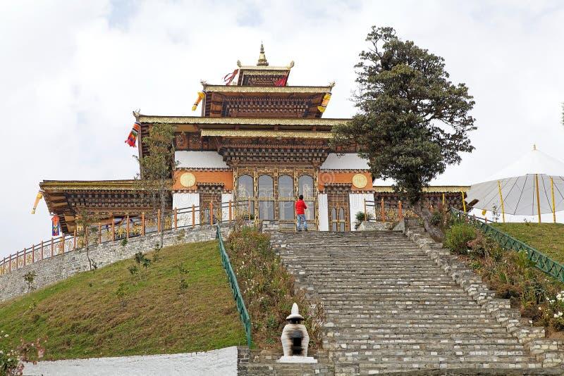 Monastero al passaggio di Dochula, Bhutan immagine stock