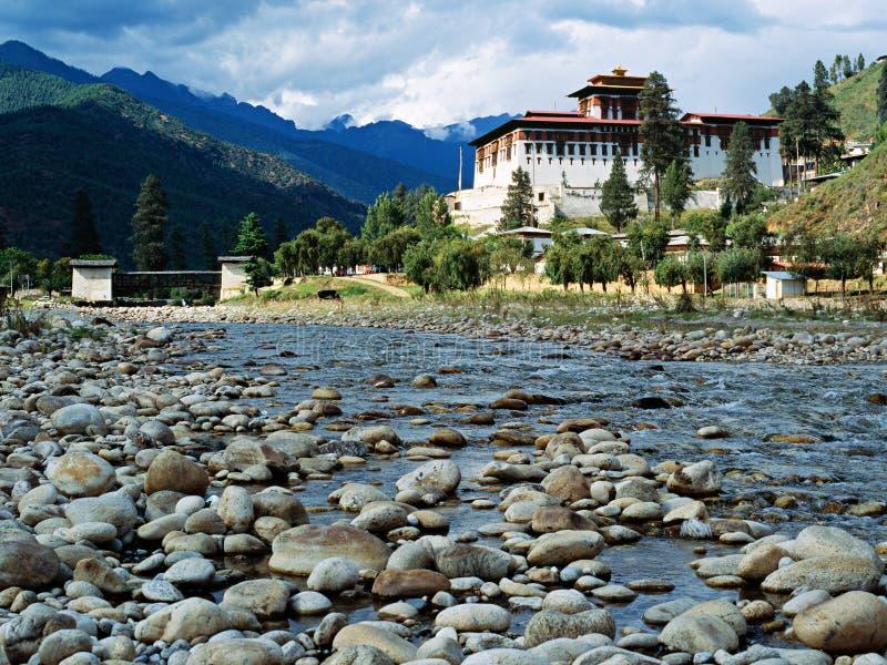 Monastero buddista di Paro Dzong nel regno del Bhutan fotografia stock