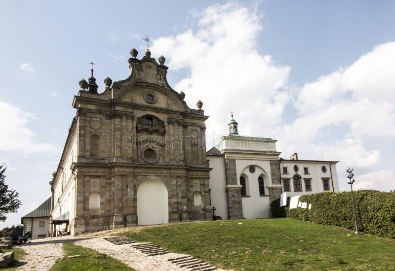 Monastero del benedettino e basilica, incrocio santo, Swietokrzyskie m. immagini stock libere da diritti