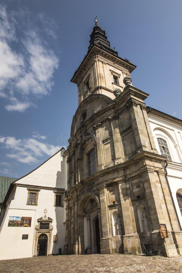 Monastero del benedettino e basilica, incrocio santo, Swietokrzyskie m. fotografie stock libere da diritti