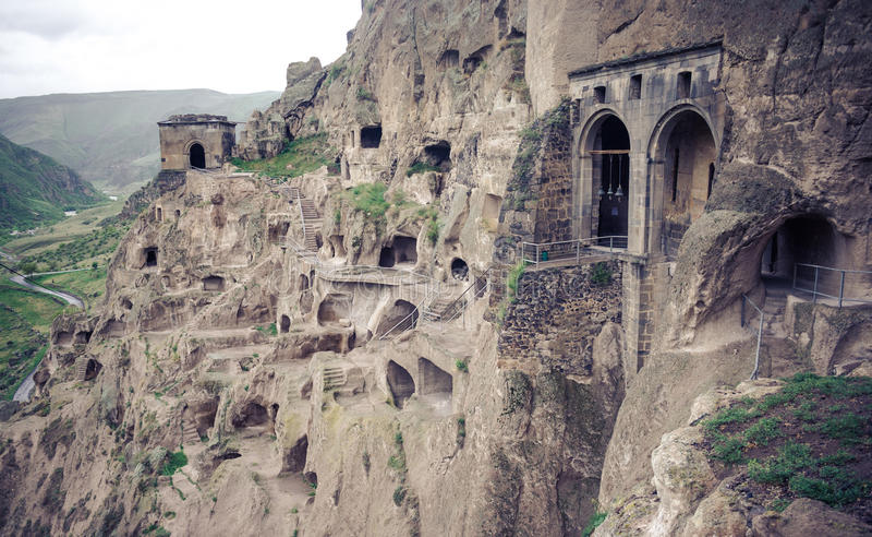 Monastero della caverna di Vardzia, Georgia fotografia stock libera da diritti