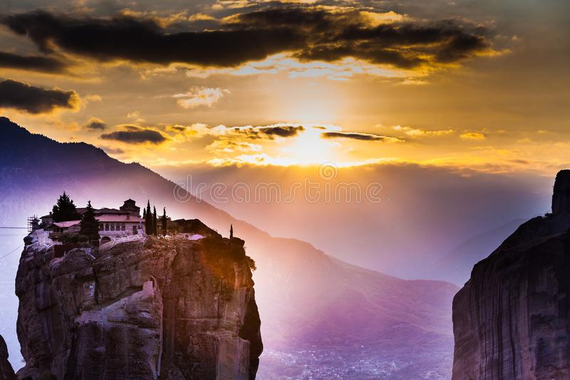 Monastero della trinità santa i in Meteora, Grecia fotografie stock