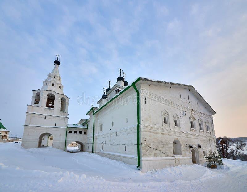 Monastero di Anastasov di Christian Orthodox Church russo Regione della Russia, Tula, città di Odoev, villaggio di Anastasovo, un fotografia stock libera da diritti