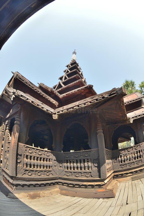 Monastero di Bagaya di legno di Mandalay fotografia stock