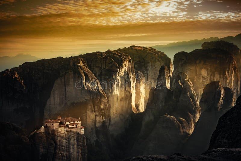 Monastero di Rousanou, Meteora Grecia fotografia stock libera da diritti