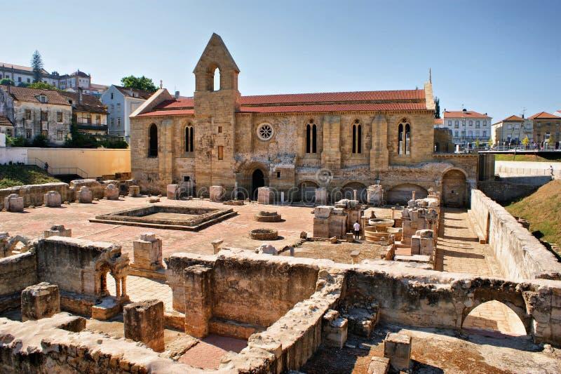 Monastero di Santa Clara Velha a Coimbra fotografie stock