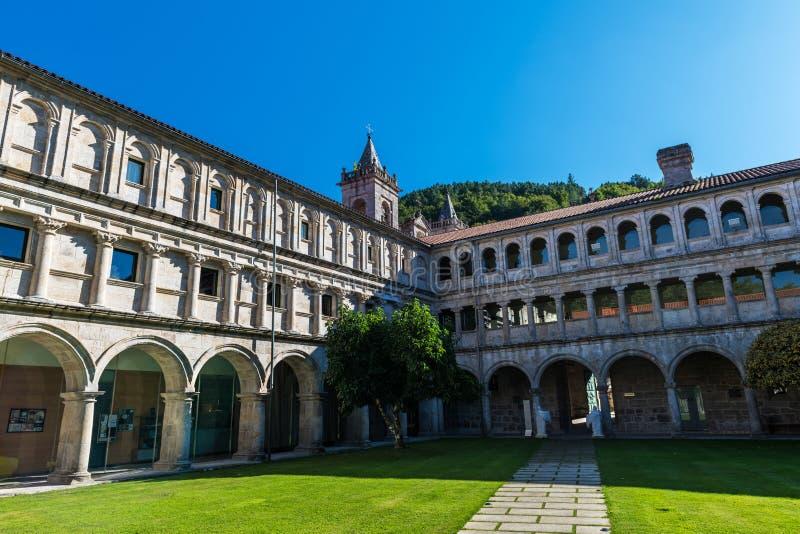 Monastero di Santo Estevo de Ribas de Sil: una giornata tranquilla fotografia stock