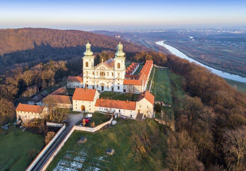 Monastero e chiesa di Camaldolese in Bielany, Cracovia, Polonia immagine stock