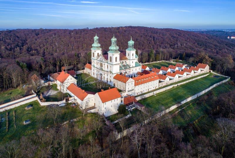 Monastero e chiesa di Camaldolese in Bielany, Cracovia, Polonia fotografie stock libere da diritti