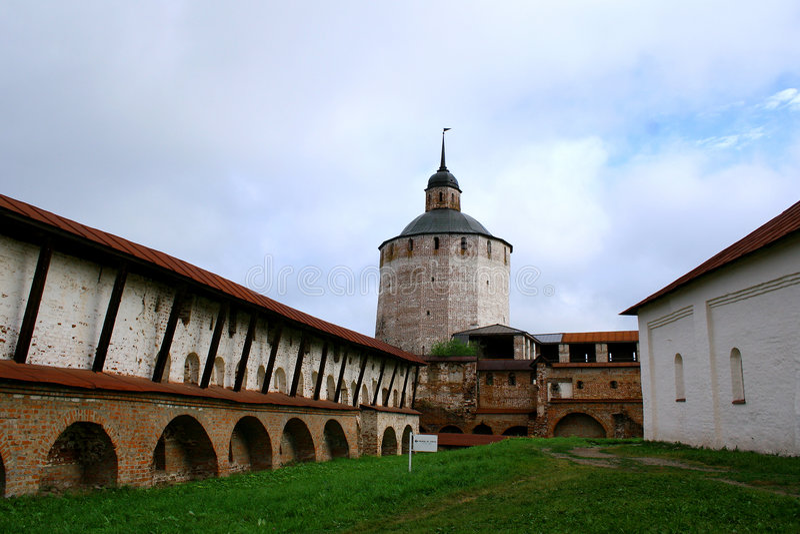 Monastero (Kirillo-Belozersky) immagini stock