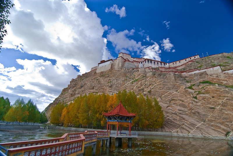Monastero tibetano fotografie stock libere da diritti