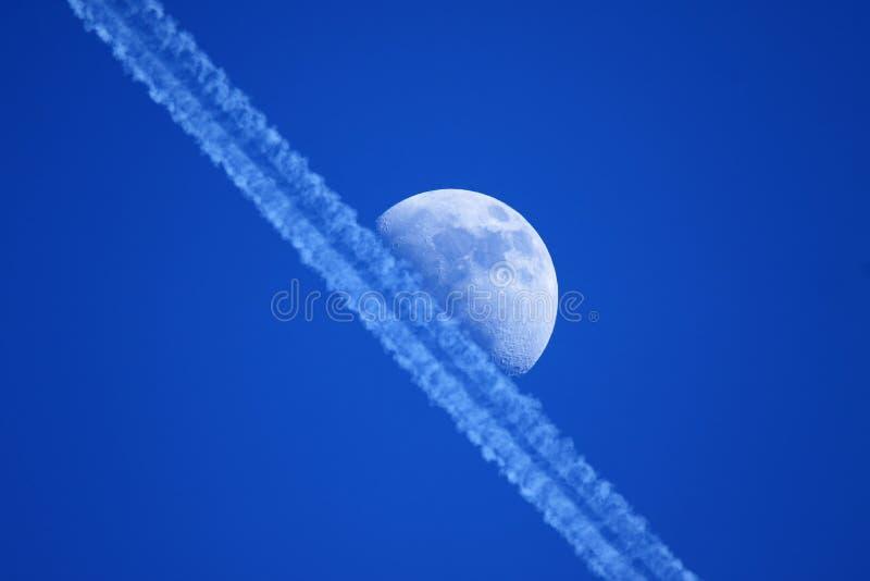 Mond des ersten Viertels stockfotos