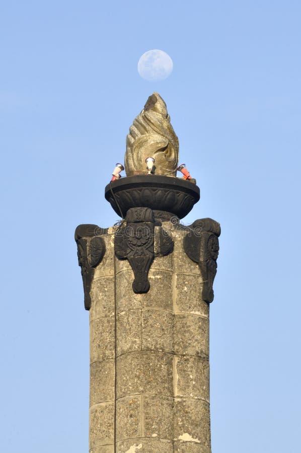 Mond- und Tugu-Muda Monument Semarang lizenzfreie stockfotografie