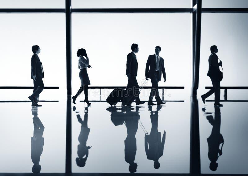 Monde de personnes de voyage d'entreprise constituée en société photo libre de droits