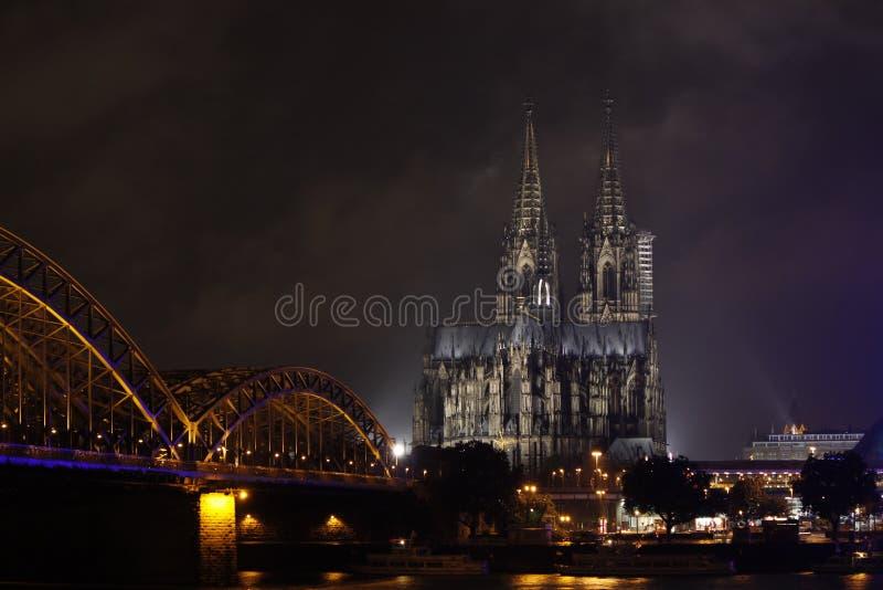 monde international de l'UNESCO de site de borne limite d'héritage célèbre de l'Allemagne de cologne de cathédrale images libres de droits