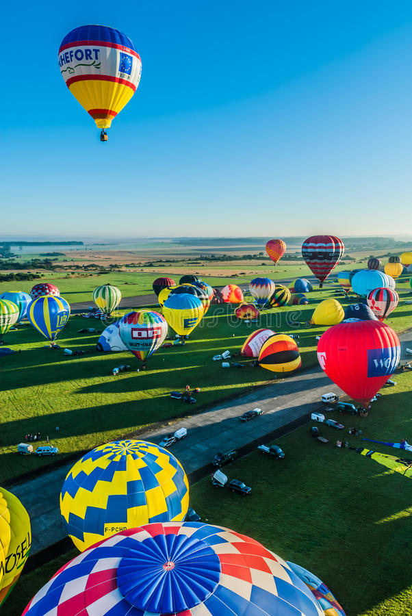 Download Mondial Hot Air Ballon Reunion In Lorraine France Editorial Stock Photo - Image of lorraine, countryside: 28113988