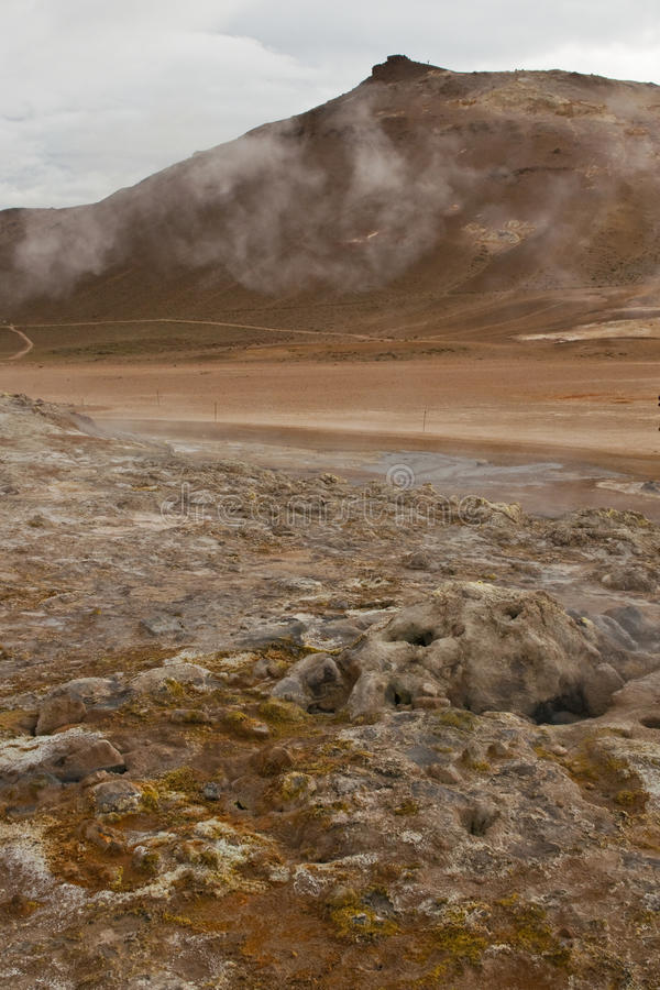 Download Mondlandschaft in Island stockbild. Bild von mond, fumarole - 26365991