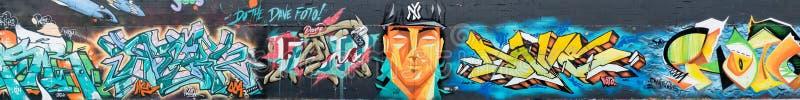 Mondo astratto variopinto dei graffiti fotografie stock libere da diritti
