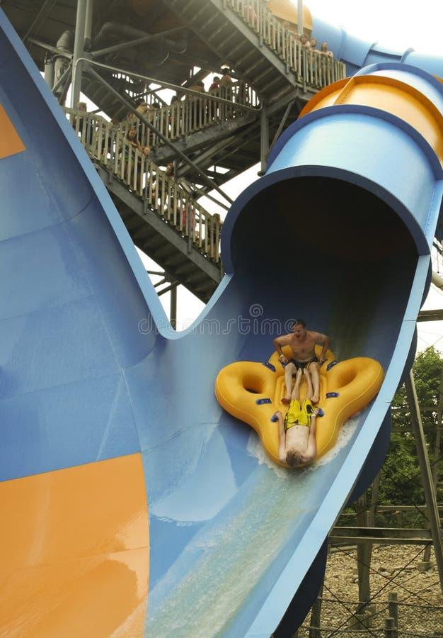 Mondo Monsoon Thrill Ride an tränken Stadt, Könige Island stockbilder