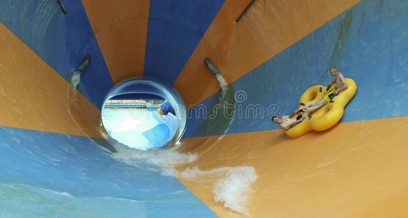 Mondo Monsoon Thrill Ride an tränken Stadt, Könige Island lizenzfreie stockfotografie