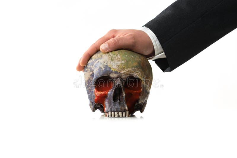 Mondo sanguinoso sotto pressione di un uomo d'affari immagini stock