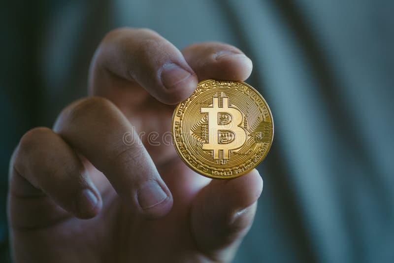 Moneda de oro del bitcoin de Cryptocurrency foto de archivo