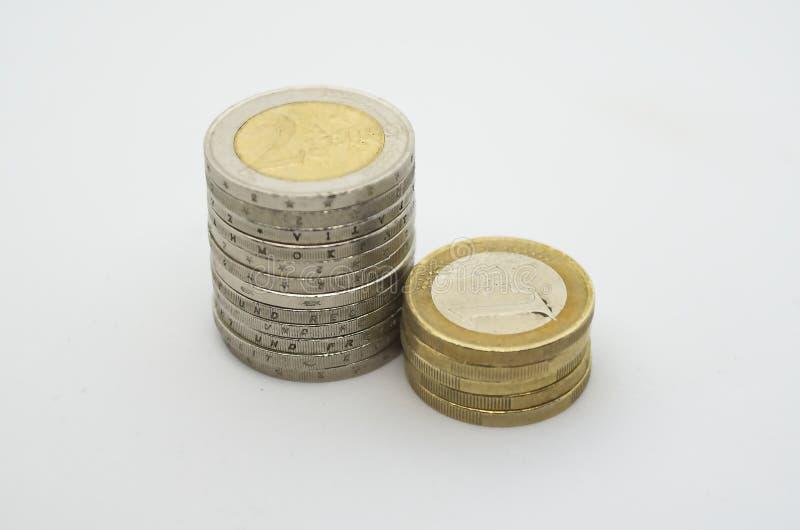 Moneda euro usada en el backgroud blanco foto de archivo libre de regalías
