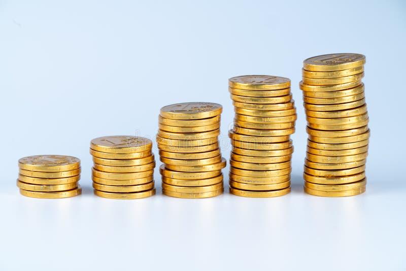 Monedas aisladas, oros imágenes de archivo libres de regalías