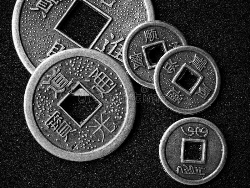 Monedas chinas del shui del feng imagen de archivo
