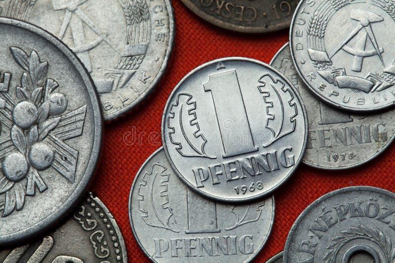 Monedas de la República Democrática Alemana y del x28; La Alemania Oriental y x29; fotos de archivo libres de regalías